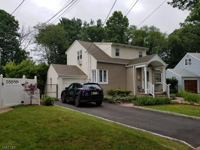 Union Twp. Single Family Home For Sale: 711 Palisade Rd