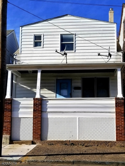 Prospect Park Boro Single Family Home For Sale: 323 N 7th St