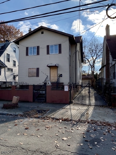 Newark City Multi Family Home For Sale: 412-414 W 3rd Ave