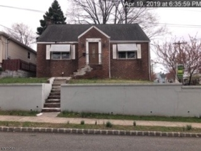 Belleville Twp. Single Family Home For Sale: 133-135 Liberty Ave