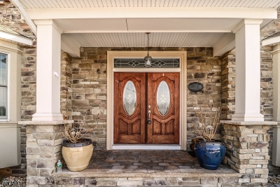 Montgomery Twp. Single Family Home For Sale: 11 Rockledge Ct