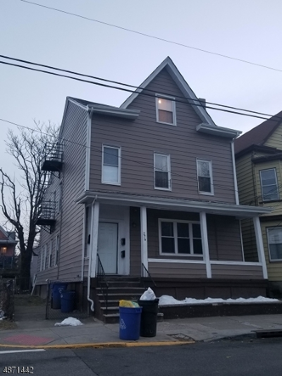 Paterson City Multi Family Home For Sale: 276 Governor St