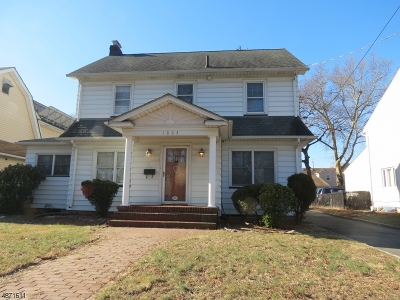 Clifton City Single Family Home Active Under Contract