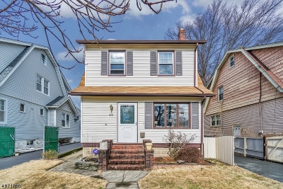 Bloomfield Twp. Single Family Home For Sale: 421 Abington Ave