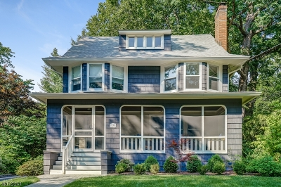 Maplewood Twp. Single Family Home For Sale: 19 Beach Pl