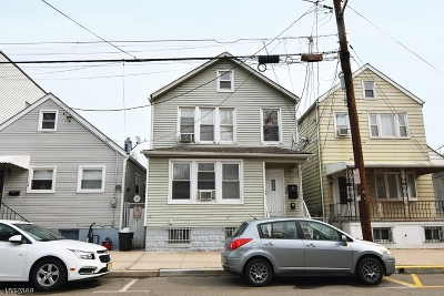Harrison Town Multi Family Home For Sale: 14 Grant Ave