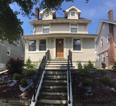 Single Family Home For Sale: 375 Union Ave