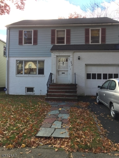 Hillside Twp. Single Family Home For Sale: 242 Belleview Ter