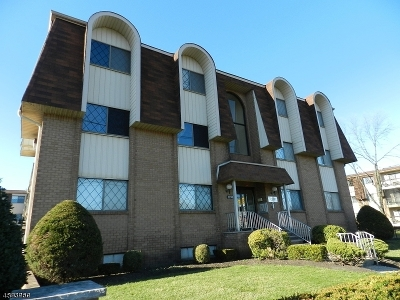 Linden City Condo/Townhouse For Sale: 1150-1190 W St George B39 #B39