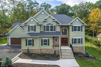 Bridgewater Twp. Single Family Home For Sale: 996 Magnolia Dr