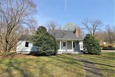 Lebanon Twp. NJ Single Family Home For Sale: $269,900