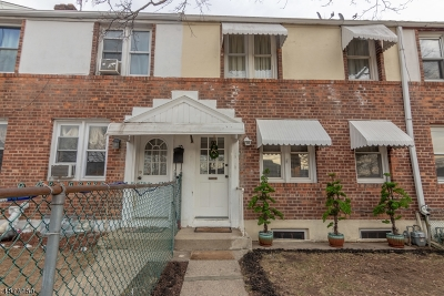 Dover Town Single Family Home For Sale: 8 James St
