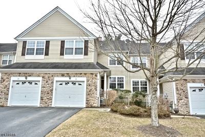 Montgomery Twp. Condo/Townhouse For Sale: 10 Scarlet Oak Dr