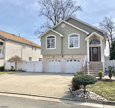 Linden City Single Family Home For Sale: 55 Rosewood Ter