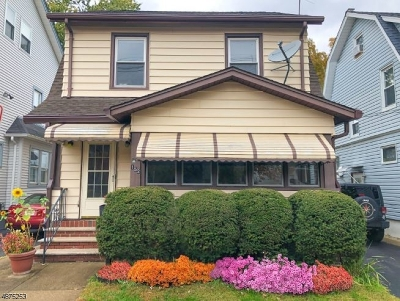 Clifton City Multi Family Home For Sale: 152 W 2nd St
