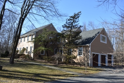 Raritan Twp. Single Family Home For Sale: 18 Allens Corner Rd