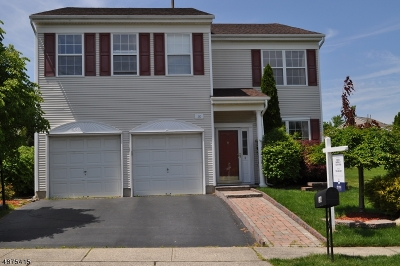 East Brunswick Twp. Single Family Home For Sale: 16 Bucknell Dr