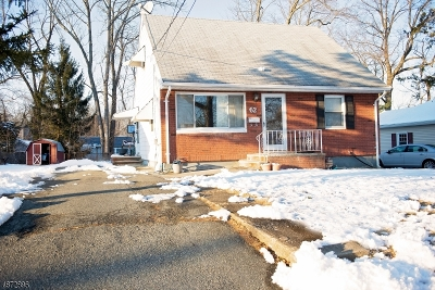 Parsippany Single Family Home For Sale: 62 Chesapeake Ave