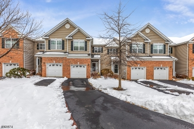 Montgomery Twp. Condo/Townhouse For Sale: 15 Kennedy Ct