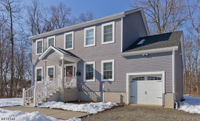 Long Hill Twp Single Family Home For Sale: 268 Union St