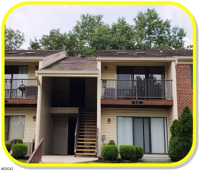 Bernards Twp., Bernardsville Boro Condo/Townhouse For Sale: 12 Baldwin Ct