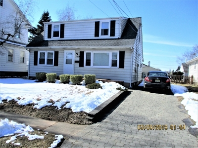 Manville Boro Single Family Home For Sale: 159 No 9th Ave