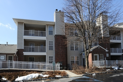 Wayne Twp. Condo/Townhouse For Sale: 2101 Schindler Ln
