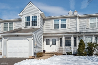 Branchburg Twp. Condo/Townhouse For Sale: 34 Buffalo Hollow Rd