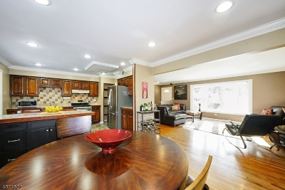 Morristown Town, Morris Twp. Single Family Home For Sale: 143 Hillcrest Ave