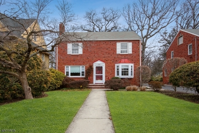 Nutley Twp. NJ Single Family Home For Sale: $439,900