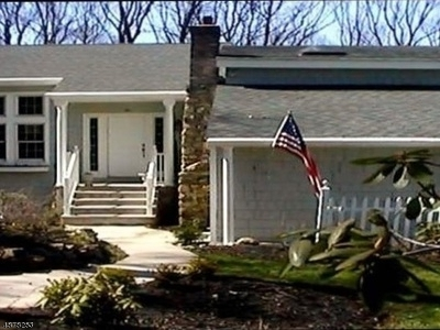 Boonton Twp. Single Family Home For Sale: 6 Berton Rd