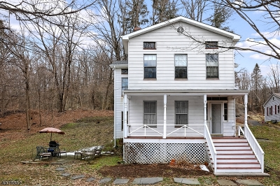 Hunterdon County Single Family Home For Sale: 7 Church St