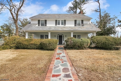 Morris Twp., Morristown Town Single Family Home For Sale: 4 Green Hill Rd