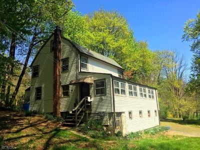 Long Hill Twp Single Family Home For Sale: 17 Gates Ave
