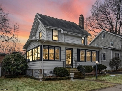 Bloomfield Twp. Single Family Home For Sale