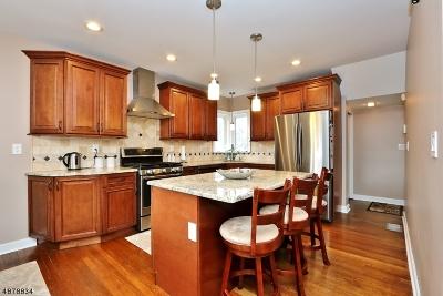 North Haledon Boro Single Family Home For Sale: 21 Suncrest Ave