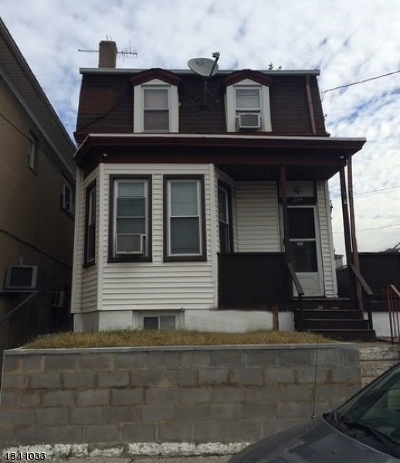 Paterson City Single Family Home For Sale: 294 Preakness Ave