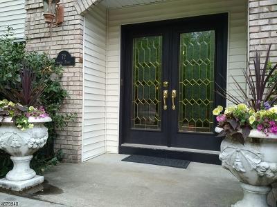 Wayne Twp. Single Family Home For Sale: 72 Carol Pl