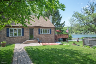 Sparta Twp. Single Family Home For Sale: 2 Lake Shore Dr