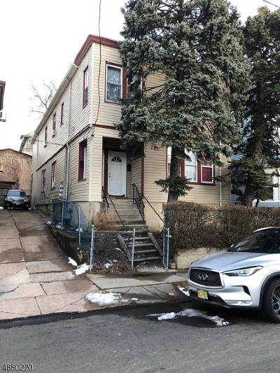Paterson City Multi Family Home For Sale: 497-499 E24 St
