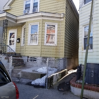 Paterson City Single Family Home For Sale: 155 Redwood Ave