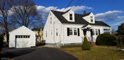 Manville Boro Multi Family Home For Sale: 710 Roosevelt Ave