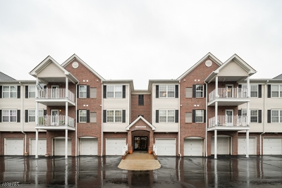 Union Twp. Condo/Townhouse For Sale: 10 Redspire Dr