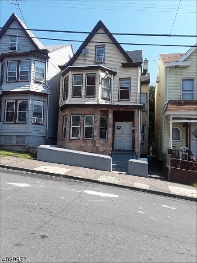 Paterson City Multi Family Home For Sale: 32 Belle Ave