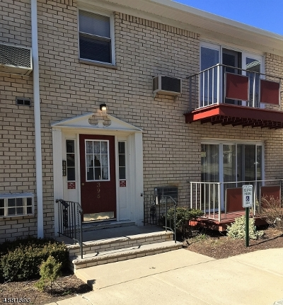 Bloomfield Twp. Condo/Townhouse For Sale: 396 Hoover Ave Unit 177
