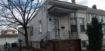 Kearny Town Single Family Home For Sale: 90-92 Ivy St