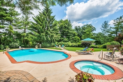 West Orange Twp. Single Family Home For Sale: 35 Cunningham Dr