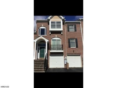Wayne Twp. Condo/Townhouse For Sale: 39 Spring Hill Cir