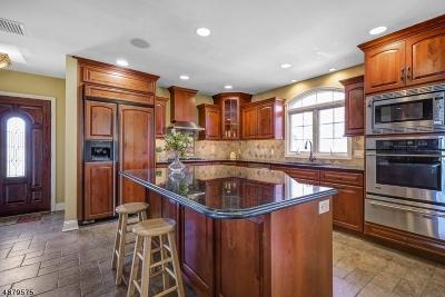 Mountain Lakes Boro Single Family Home For Sale: 11 Cobb Rd