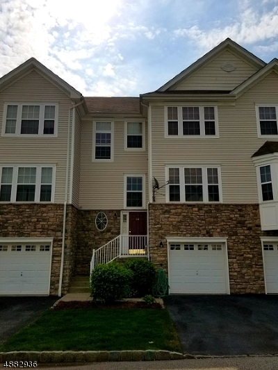 Hardyston Twp. Single Family Home For Sale: 54 Indian Field Dr
